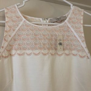 Pretty white shift dress with light pink detail